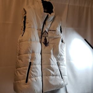 🎁NWT PUFFER VEST FREE PEOPLE
